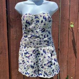 New Kimchi Blue 4 Ivory Floral Shorts Romper Blue